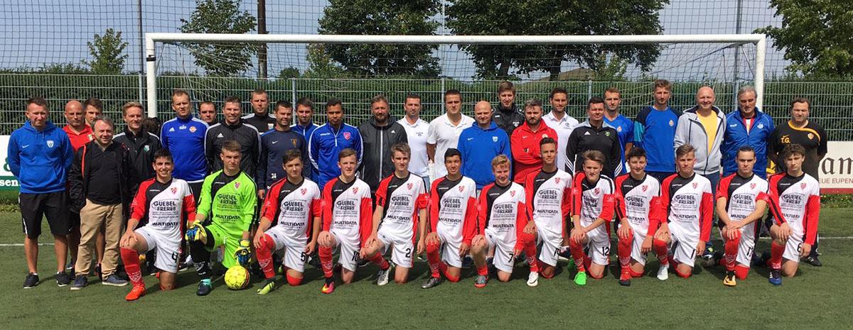 22 Polnische Trainer, die Vorführgruppe, Trainer Thorsten Gäbel hier mit Referent Peter Schreiner