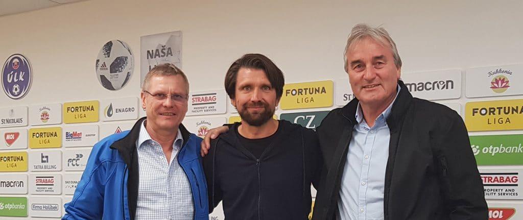 Jürgen Zinsmeister, Peter Hyballa und Peter Schreiner nach der Pressekonferenz