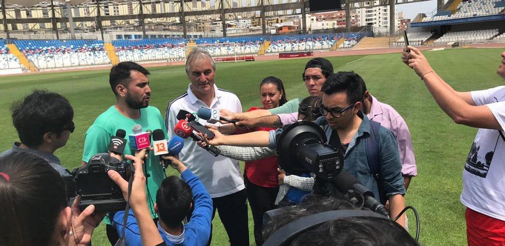 Interview nach dem Seminar in Antofagasta, perfekt übersetzt durch den in Berlin lebenden chilenischen Sportpsychologen und Trainer Pavel Koppmann.