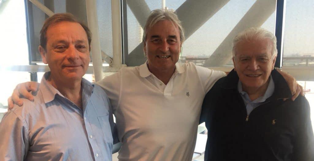 Verabschiedung am Flughafen in Santiago de Chile durch den Rektor der INAF Martin Mihavilovic und seinem Vertreter Gonzalo de la Carrera