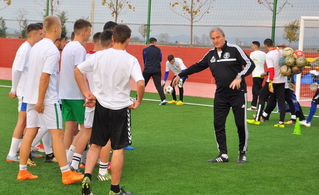 Peter Schreiner bei einem Workshop in Dures (Albanien)