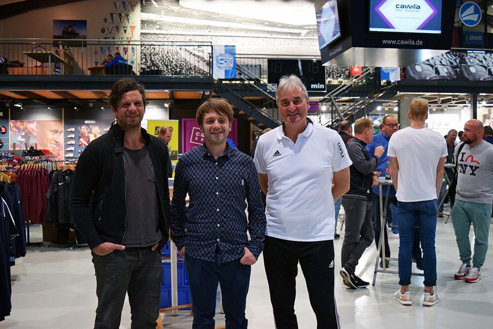 Johannes Wiegmann (Cawila) hier mit den beiden Referenten Peter Schreiner und Rouven Brandt