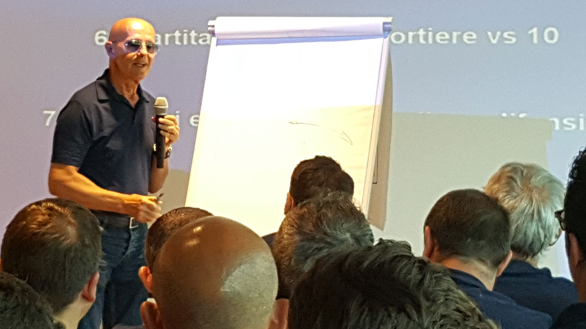 Arrigo Sacchi bei seinem Vortrag